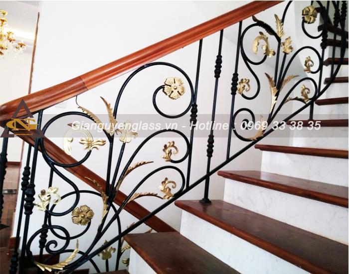 Mẫu cầu thang sắt nghệ thuật đẹp