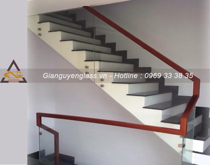 20 mẫu lan can cầu thang kính cường lực cao cấp đẹp giá rẻ