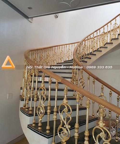 cầu thang nhôm đúc đẹp