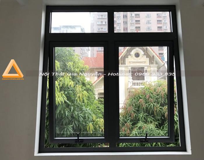 cửa sổ mở hất 2 cánh